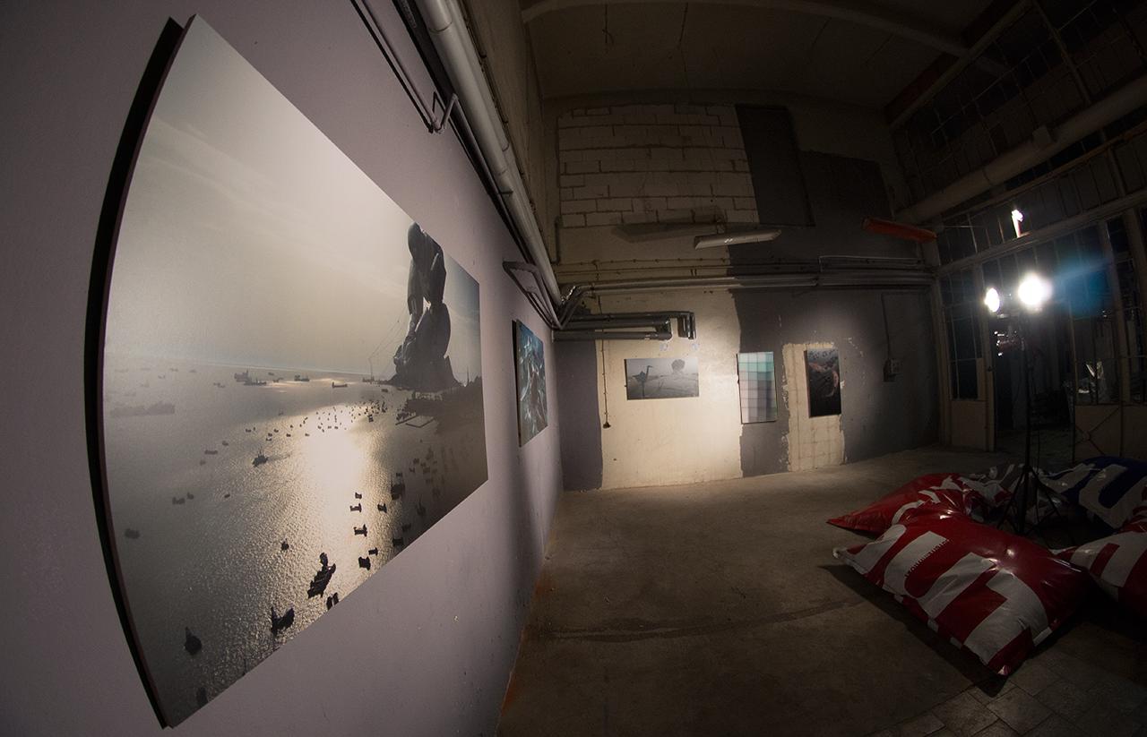 Igor Posavec at Warsaw Art Exhibition (SA-PO 360 minutes art Project)